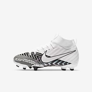 Girls Synthetic Football Shoes. Nike GB