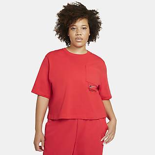 Nike Sportswear Swoosh Kısa Kollu Kadın Üstü (Büyük Beden)