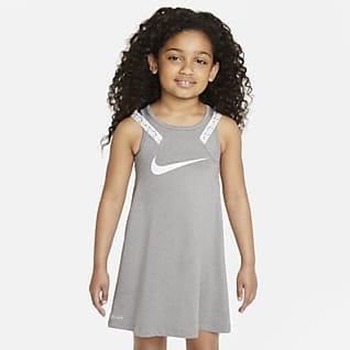 Nike Dri-FIT Vestido para niñas pequeñas