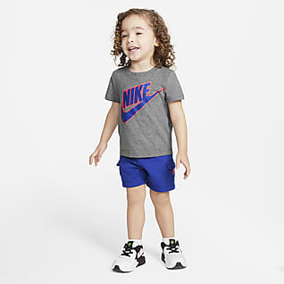 Nike Baby (12-24M) T-Shirt and Cargo Shorts Set