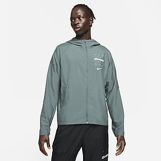 Nike Essential Wild Run Chamarra de running con estampado para hombre
