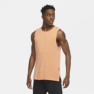 Nike Yoga Nike A.A.E.