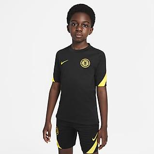 Chelsea FC Strike Nike voetbaltop met Dri-FIT en korte mouwen voor kids