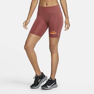 Nike Fast Terrengløpeshorts til dame (18 cm)