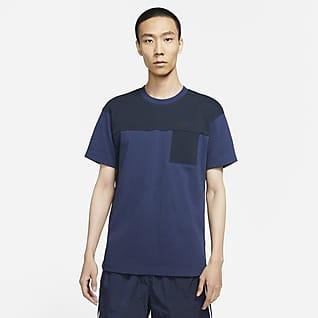 Nike Sportswear Tech Essentials Men's Short-Sleeve Top