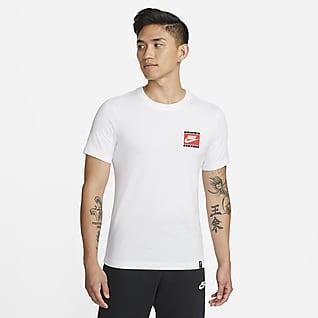 Liverpool FC 男款足球 T 恤