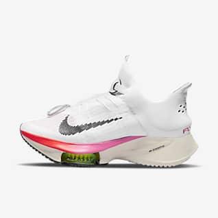 Nike Air Zoom Tempo Next% FlyEase Löparsko för väg som är enkel att ta på/av för kvinnor