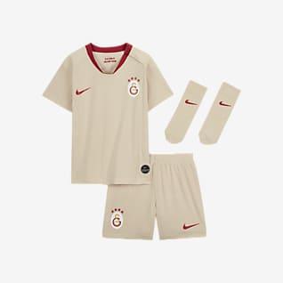 Galatasaray 2019/20 Away Baby and Toddler Kit