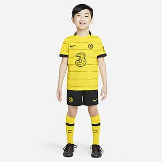Chelsea F.C. 2021/22 Away Younger Kids' Football Kit