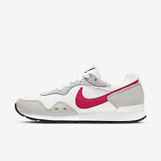 Nike Venture Runner Women's Shoe