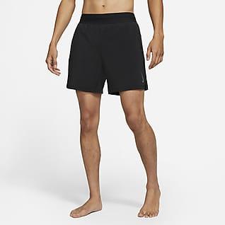 Nike Yoga กางเกงขาสั้น 2-in-1 ผู้ชาย