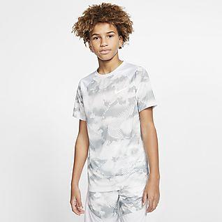 Nike Big Kids' (Boys') Short-Sleeve Printed Training Top