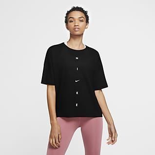 Nike Dri-FIT Women's Oversized Short-Sleeve Training Top