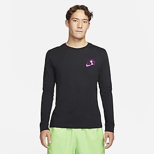 Nike Sportswear Nike Day 男款黑光 T 恤