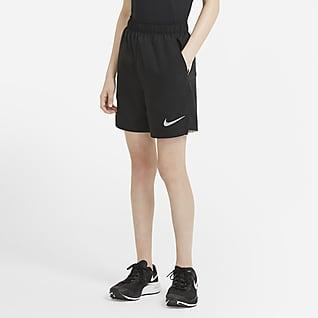 Nike Shorts de entrenamiento para niños talla grande