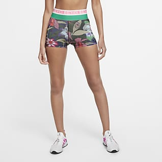 Nike Icon Clash Trainingsshorts met print voor dames (8 cm)