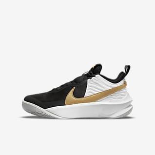 Nike Team Hustle D 10 Older Kids' Basketball Shoe