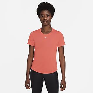 Nike Dri-FIT One Playera de manga corta y ajuste estándar para mujer