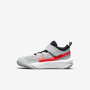 Nike Team Hustle D 10 Little Kids' Shoes