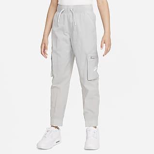 Nike Sportswear Bojówki z tkaniny dla dużych dzieci (dziewcząt)