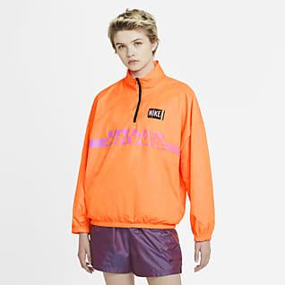 Nike Sportswear Jacka i pullovermodell i vävt material för kvinnor