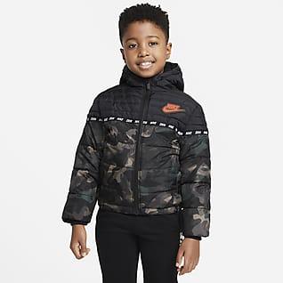 Nike Sportswear Chamarra acolchada para niños talla pequeña