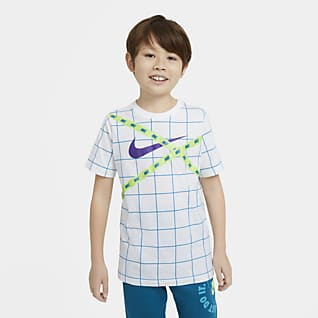 Nike Sportswear Playera estampada para niños talla grande