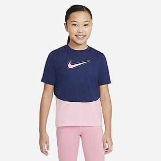 Nike Dri-FIT Trophy Prenda superior de entrenamiento manga corta para niña talla grande