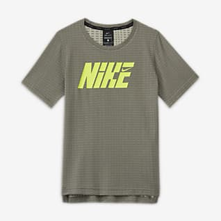 Nike Graphic Футболка для тренинга с коротким рукавом для мальчиков школьного возраста