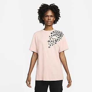 Nike Sportswear Women's Boyfriend Fit T-Shirt