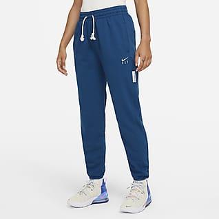 Nike Dri-FIT Swoosh Fly Standard Issue Women's Basketball Pants