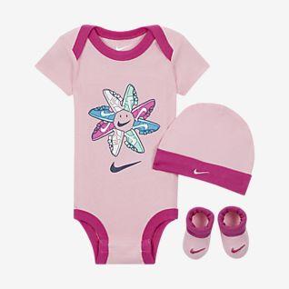Nike Baby (0-12M) Bodysuit, Beanie and Booties Box Set