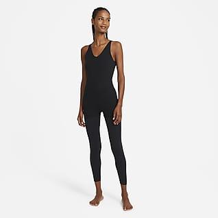 Nike Yoga Luxe Женский слегка укороченный многослойный комбинезон