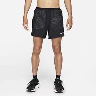 Nike Dri-FIT Flex Stride Run Division กางเกงวิ่งขาสั้น 5 นิ้วมีซับในผู้ชาย