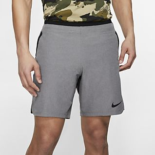 Nike Mens Slim Fit Woven Black Shorts Solid Color Athleisure