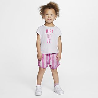 Nike Dri-FIT Baby (12-24M) T-Shirt and Shorts Set