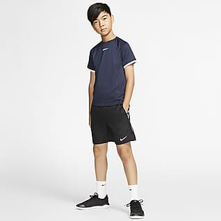 NikeCourt Dri-FIT Playera de tenis manga corta para niño talla grande