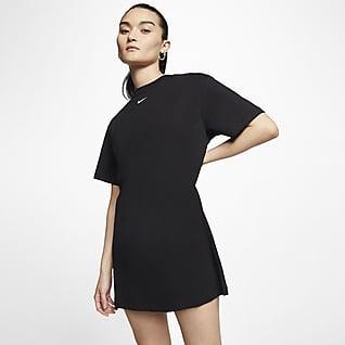 Nike Sportswear Essential เดรสผู้หญิง