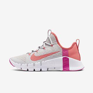 Women's Cross Training Shoes. Nike MA
