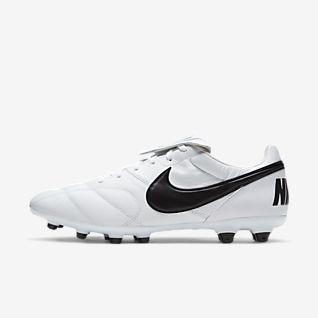 Tiempo Football Boots. Nike DK