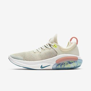 Nike Joyride Run Flyknit รองเท้าวิ่งผู้หญิง
