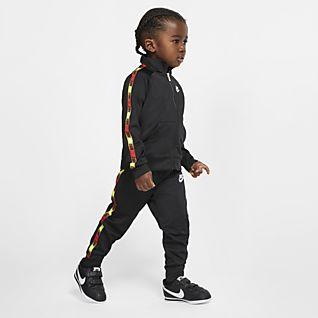 Boys Tracksuits. Nike.com