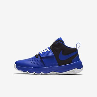 Nike Team Hustle D 8 Big Kids' Basketball Shoe
