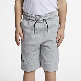 Nike Sportswear Tech Fleece Shorts para niños talla pequeña