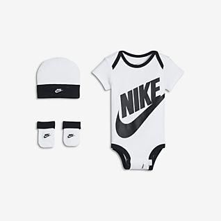 Nike Háromrészes szett babáknak (0–6 hónapos)