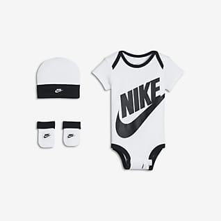 Nike Trzyczęściowy zestaw dla niemowląt (0-6 M)