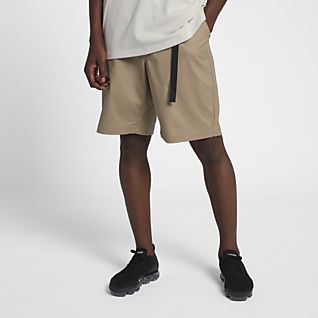 NikeLab Collection กางเกงขาสั้นผู้ชาย