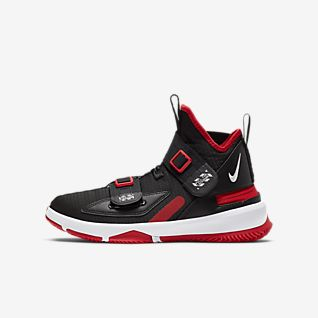 LeBron Soldier 13 FlyEase Big Kids' Basketball Shoe