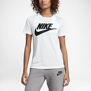 Nike Sportswear Essential Top de manga corta con logotipo para mujer