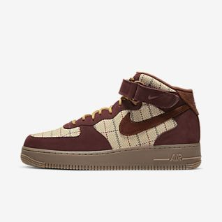 Mens Air Force 1 Mid Top Shoes.